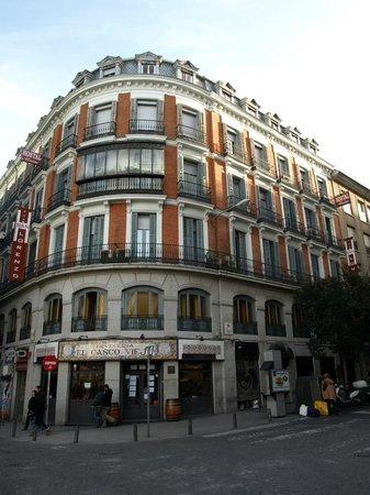 Hostal San Lorenzo: Здание хостела