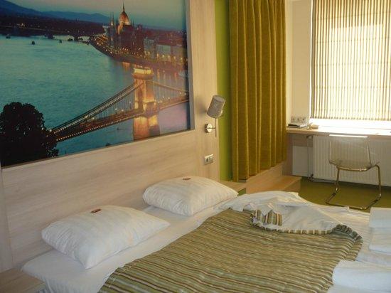 Medosz Hotel : room