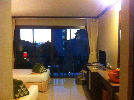 Casa Del M, Patong Beach: room/view