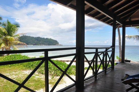 New Emerald Cove : vu de la terrasse de la chambre 302