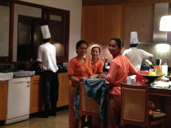 Miskawaan Luxury Beachfront Villas: Staff in the kitchen were the nicest people you could meet