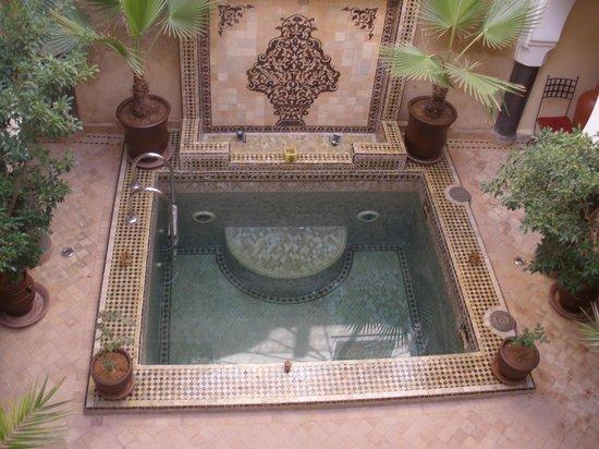 Riad Chacha Lalla: La piscine