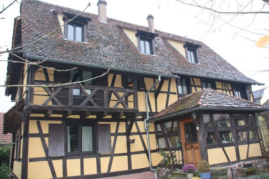 L'accroche Coeur - bed and breakfast : la maison alsacienne typique