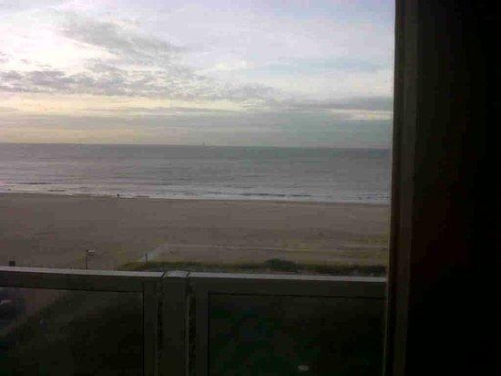 Carlton Beach : evening view