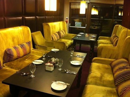 Riverside Brasserie at Hilton Doubletree Cambridge: Add a caption