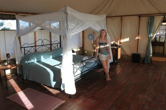 Maramboi Tented Camp: tent!