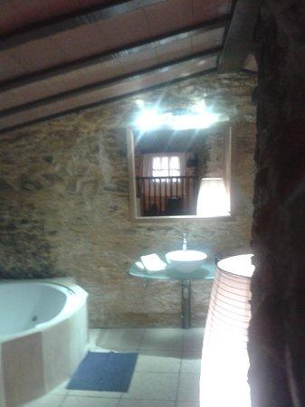 Hotel Restaurant Mas Palou: Baño