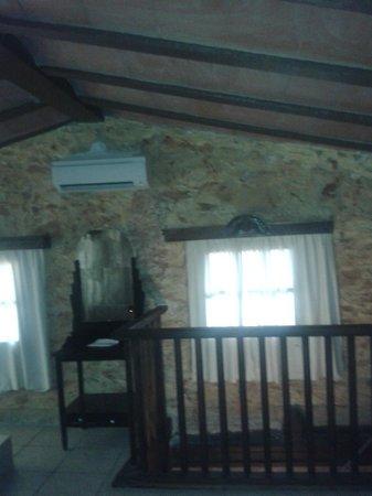 Hotel Restaurant Mas Palou : habitación 12
