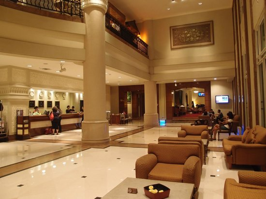 PARKROYAL Yangon : Lobby
