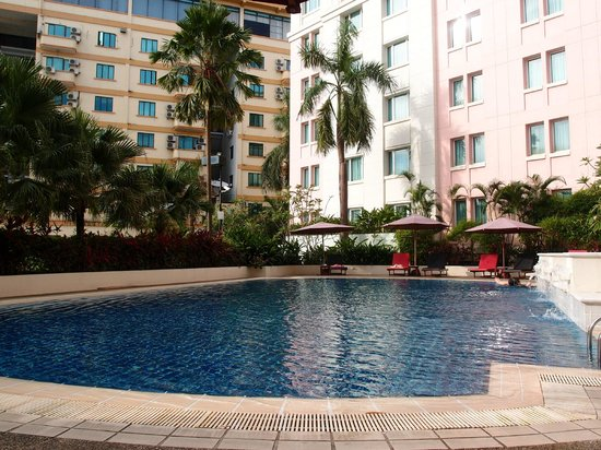 PARKROYAL Yangon : Pool