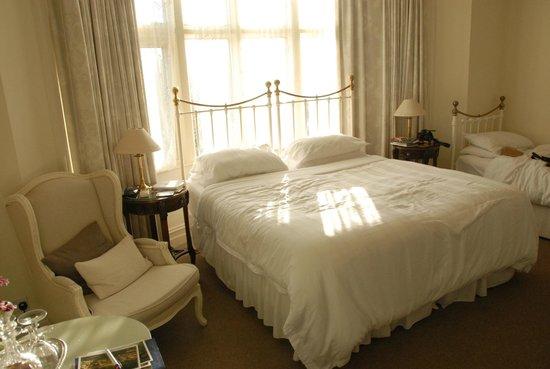 Marlborough House : Beaucoup de charme pour cette chambre spacieuse et confortable