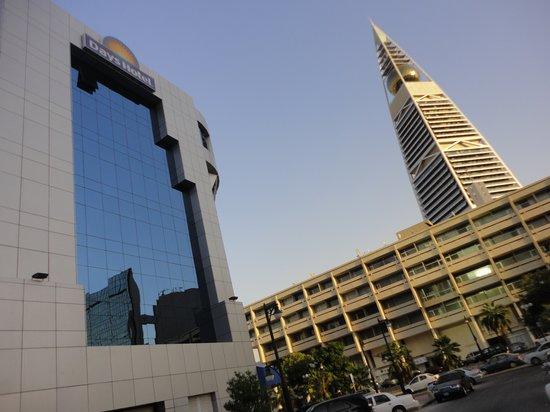 Days Hotel by Wyndham Olaya Riyadh: Building exterior