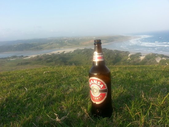 Mdumbi Backpackers: What a view! Mdumbi River and beach!