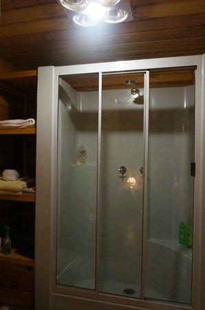 Barra Farm Bed and Breakfast: 乾濕分離浴室