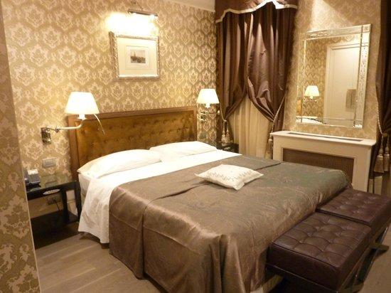 Hotel Moresco: Bedroom