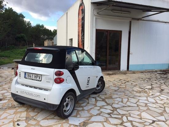 OD Ocean Drive: ocean drive hotel car at ibizkus wines