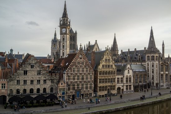 Ghent Marriott Hotel: вид из окна