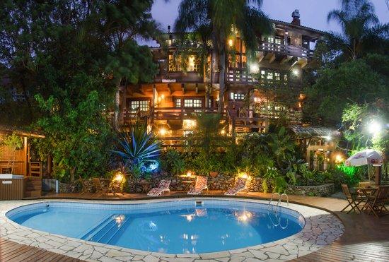 Pousada Georges Village: piscina do residencial