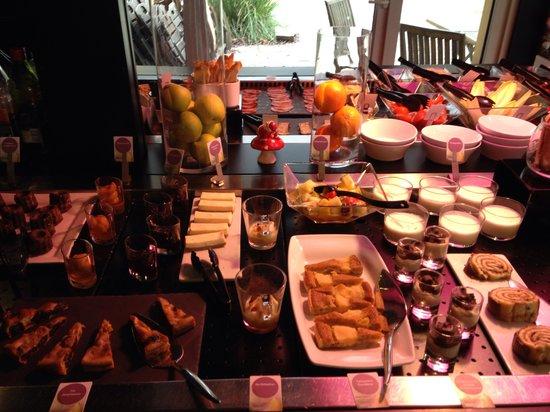 Campanile Mulhouse Morschwiller : Buffet des Desserts