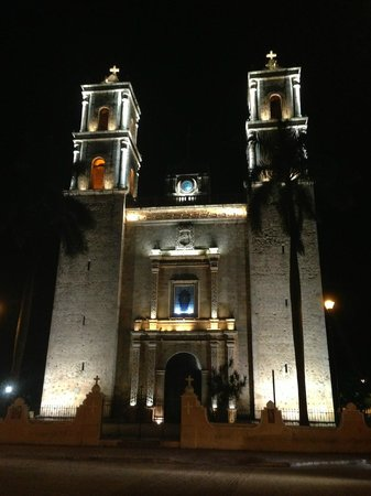 At Your Service Cancun - Day Tours : Valladolid City, Yuc.