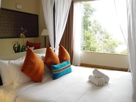 Zen Like Bedroom With Beautiful View Picture Of Ambong