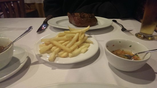 Rincon Argentino: the nearly blue Fillet with anemic fries