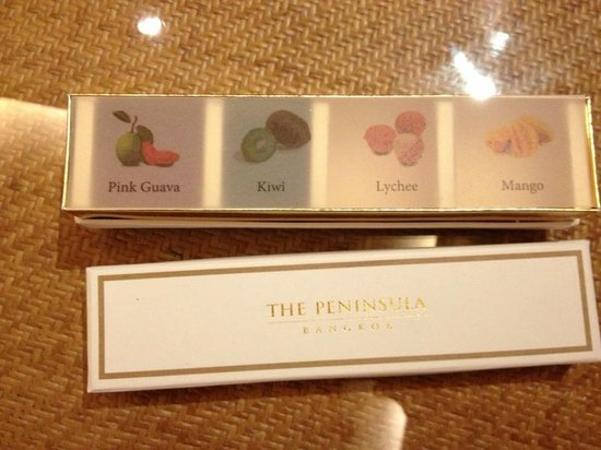 The Peninsula Bangkok : VIP Amenities - Swet Candies