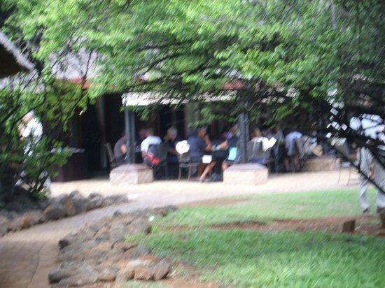 Bakubung Bush Lodge: Dinning outside