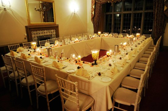 Callow Hall Hotel : Dining area - lots of other layouts can be used