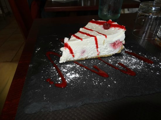 La Brasserie de la Place: The BEST cheesecake I have ever tasted!
