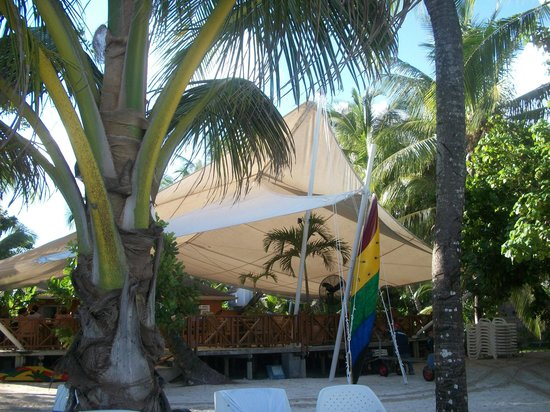 Decameron Marazul : Restaurant en el club de playa Rocky Cay