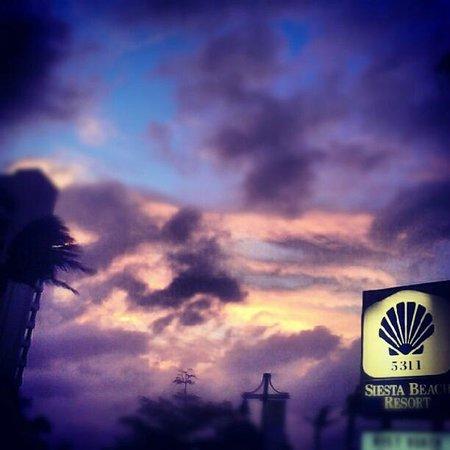 Siesta Beach Resort & Suites: Pretty Sky