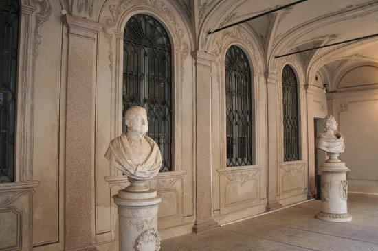 Palazzo Morando: ingresso