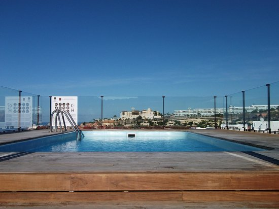 Fanabe Costa Sur Hotel: Roof top plunge pool