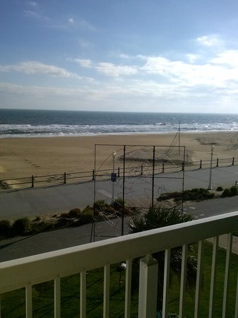 The Oceanfront Inn : my window view