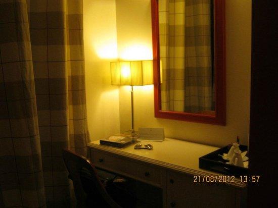Grand Hotel Cavour: Habitación
