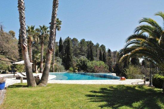 Domaine San Marco : Espace piscine