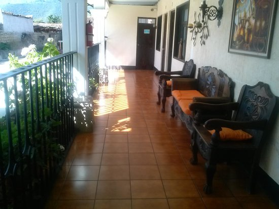 Hotel Posada Dona Luisa: pasillo segundo nivel