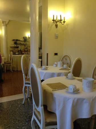 Arlecchino Hotel : Dining room