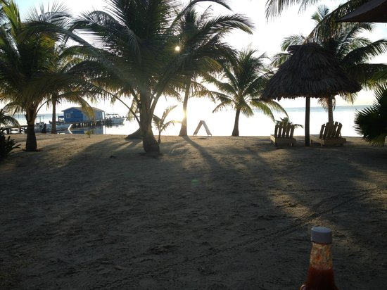 Exotic Caye Beach Resort: view from eating breakfast