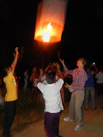 Joy's House: sending off our lanterns and wishes