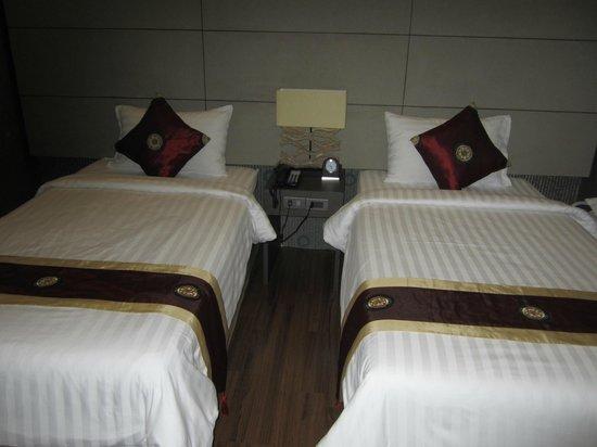 The 93 Hotel: Bedroom