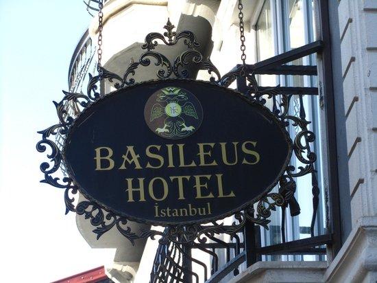 Basileus Hotel: Sign of hotel