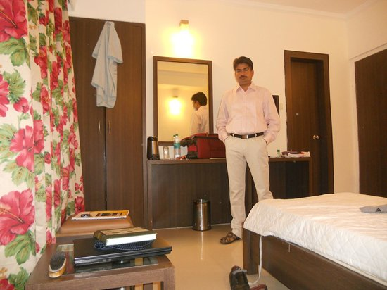 Hotel Aroma Executive: Room