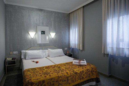 Hostal Paris: Habitación doble standar