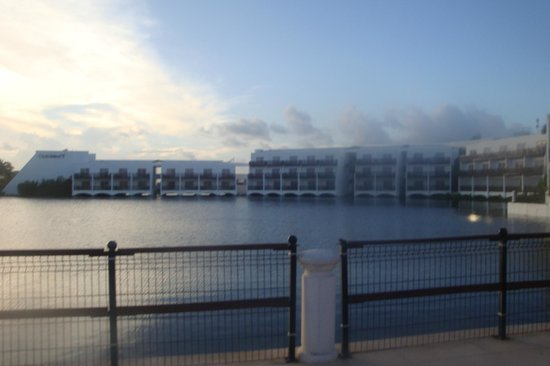 Club Med Cancun Yucatan: Pics of lagoon rooms