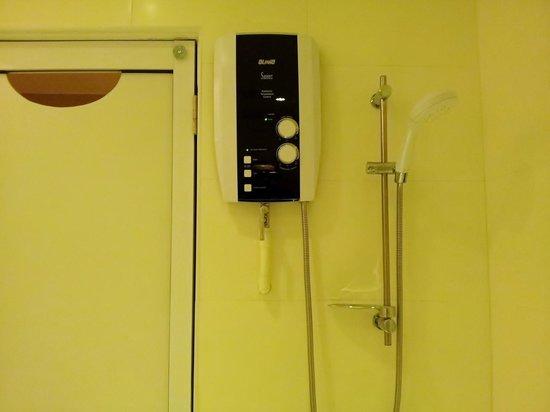 Hotel Sentral Georgetown: bath