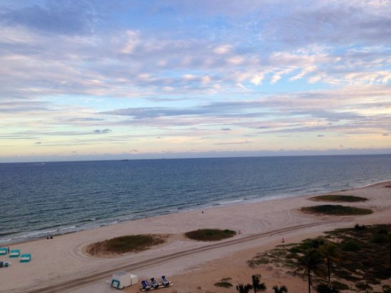 Fort Lauderdale Marriott Pompano Beach Resort & Spa : View from our room