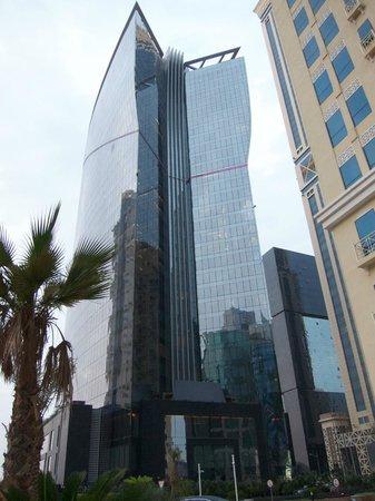W Doha Hotel & Residences: W, Doha, the building was pretty impressive.