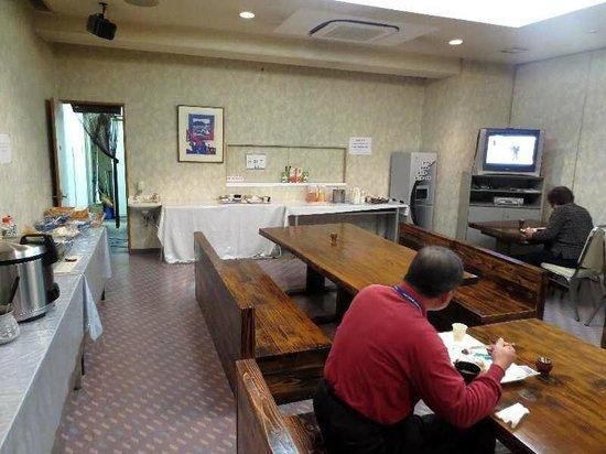Raga-ru Oita : 3 朝食の食堂